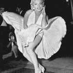 marilyn-monroe-photo-pose-seven-year-trapezia-830x1024